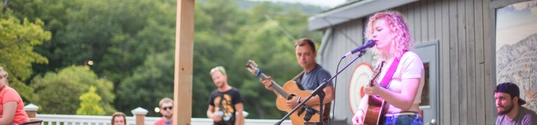 Live music outside at Base Camp at Massanutten Resort