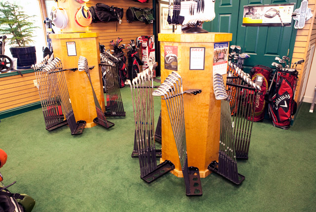 golf clubs in the pro shop